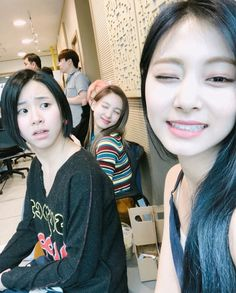Find images and videos about kpop, twice and chaeyoung on We Heart It - the app to get lost in what you love. Kpop Girl Groups, Korean Girl Groups, Kpop Girls, Extended Play, I Love Girls, Guys And Girls, Nayeon, K Pop, My Girl