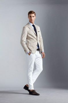 As I said, white pants are going to be huge this year SS.