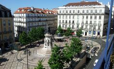 Praça Luís de Camões em Lisboa, Lisboa