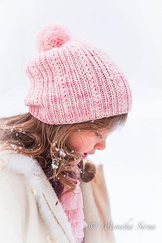 Ravelry: Mazurka pattern by Monika Sirna The simple lines are SO working with the soft pink color; rarely does a brimless hat look this right :) #knitindie