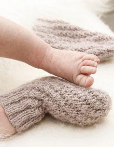 Strik de blødeste tubesokker til baby, der er lette at tage både af og på - strikket i alpaca og silke