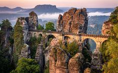 Download imagens Suíça Saxónica, Bastei, paisagem de montanha, montanhas, ponte de pedra antiga, rochas, floresta, Alemanha