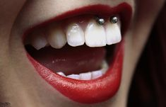 100+ Smiley Piercing Examples, Jewelry And FAQ's cool  Check more at http://fabulousdesign.net/smiley-piercing/