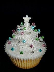 Elegant Christmas Cupcake
