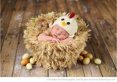 Easter Photo Session Ideas -  Portrait Photography by Pumpkin Pie Photography via  iHeartFaces.com
