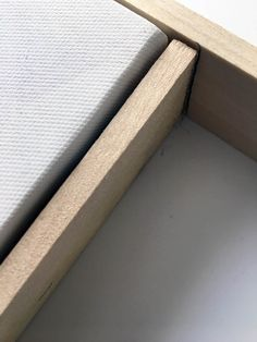 This easy tutorial explains how to take simple canvas art and DIY a frame for a budget-friendly makeover project in an hour. Beautiful Wall decor art project idea that's perfect for your kitchen or living room large prints. Floating Canvas Frame, Diy Canvas Frame, Framing Canvas Art, Textured Canvas Art, Easy Canvas Art, Gold Canvas, Frames For Canvas Paintings, Framed Canvas, Diy Wall Art