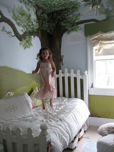 Children's room - mural with tree