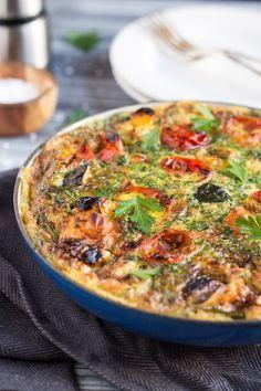 20 Minute Übrig gebliebene Braten Gemüse Frittata.  Ein super schnelles Abendessen für eine Nacht unter der Woche beschäftigt.