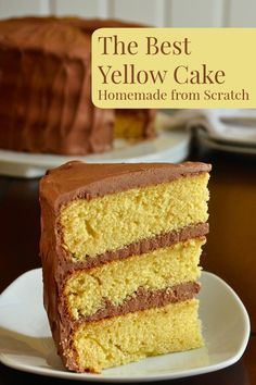 The Best Yellow Cake Recipe, Homemade from Scratch - a moist, delicious, beautifully textured cake, paired in a classic combination with chocolate frosting. My note *This one has Buttermilk and it does in fact make a moister cake. Homemade Cake Recipes, Cake Mix Recipes, Baking Recipes, Yellow Cake Recipes, Homemade Yellow Cakes, Köstliche Desserts, Delicious Desserts, Dessert Recipes, Delicious Chocolate
