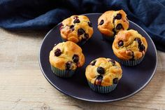 These gluten-free blueberry muffins couldn't be simpler to make. Perfect for weekend snacking or filling lunchboxes during the week, they're a shining example of how gluten-free baking is just as good as regular. Homemade Blueberry Muffins, Gluten Free Blueberry Muffins, Blueberry Recipes, Blue Berry Muffins, Gluten Free Cakes, Gluten Free Baking, Gluten Free Recipes, Sous Vide Vegetables, Great British Chefs