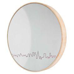 #NY Skyline #Mirror #chic. More info here: http://bit.ly/1uAkJrT