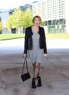 A fashion blog for women over 40 and mature women Knit-Dress: Selected Femme Leater-Jacket: Bon A´Parte Boots: RAS Bag: Chloé