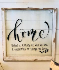 DIY Home Decor - Attractive rooooom styling inspirations and ideas. - Decoration Fireplace Garden art ideas Home accessories Old Window Crafts, Old Window Projects, Wood Projects, Window Pane Crafts, Craft Projects, Old Window Panes, Window Art, Window Pane Decor, Window Frame Ideas