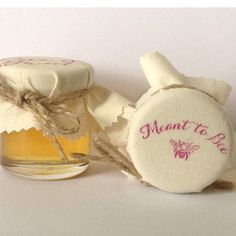 Meant to Bee Wedding Favours filled with Pure por Melysweddings