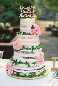 lightly iced wedding cake - photo by Jamie Rae Photography http://ruffledblog.com/oregon-garden-resort-wedding #weddingcake #cakes
