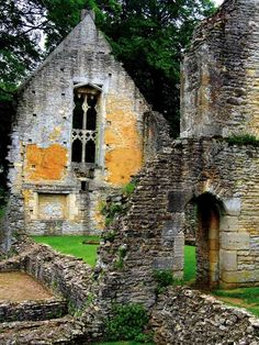 Minster Lovell Hall - ruins of a 14th century country manor, near Oxford.