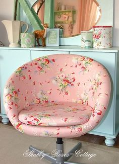 Hmm, I wonder. This is so cute, but it would soil easily. I wonder if oilcloth could work?! ... like a picnic table check or Cath Kidston floral oilkcloth. Gosh, I've seen a bunch of these chairs in 2nd hand shops and garage sales. If I found one, it would be cute & comfy at my work table!