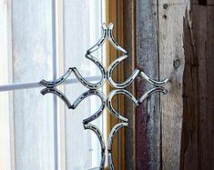 Elegant Rustic Welded Metal Horse Shoe Cross Wall Decoration