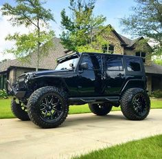 INCREDIBLE BAD ASS BLACK JEEP JK W/ 6 Inch Lift, GREAT TIRES TO GO WITH MATCHING WHEELS!