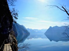 Miesweg am Traunsee Hiking, Mountains, Nature, Passau, Trench, Tourism, Tours, Walks, Naturaleza