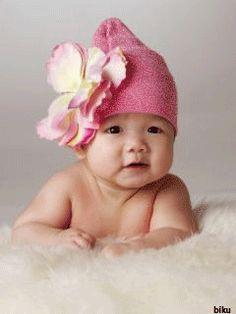 Resultado de imagen para Gifs de bebés