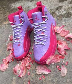 b7fd36f96db6  niyahl8tor 🐳 Jordans Sneakers