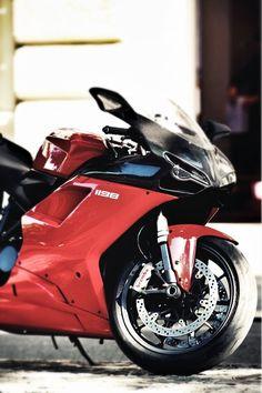 Ducati 1198 // Take me for a riiiiiide