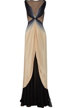 Zac Posen Ombré Silk Gown vintage glamour dressmesweetiedarling, love love love, will look good with my curves Beautiful Gowns, Beautiful Outfits, Gorgeous Dress, Look Fashion, Fashion Beauty, Fashion Hair, Fashion Shoes, Girl Fashion, Ombre Gown