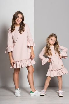 Mommy Daughter Dresses, Mother Daughter Matching Outfits, Mother Daughter Fashion, Mom Dress, Dresses Kids Girl, Baby Dress, Kids Outfits, Stylish Dresses, Simple Dresses