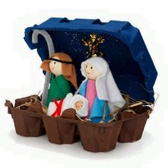 Nativity crafts made of egg carton Preschool Christmas, Christmas Crafts For Kids, Christmas Activities, Christmas Projects, Holiday Crafts, Christmas Holidays, Christmas Ornaments, Christmas Nativity Scene, Christmas Tables