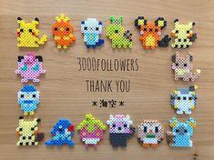 #3000thanks こんにちは◡̈ 今日は家庭訪問でした。 片付けに掃除に買物にバタバタした1日でした💦 * ふと見たら フォロワーさんが3000名を超えてました‼︎ 𖧷ありがとうございます𖧷 * #アイロンビーズ#パーラービーズ#ナノビーズ… Melty Bead Patterns, Pearler Bead Patterns, Perler Patterns, Beading Patterns, Hama Beads Pokemon, Diy Perler Beads, Perler Bead Art, Perler Bead Designs, Perler Bead Templates