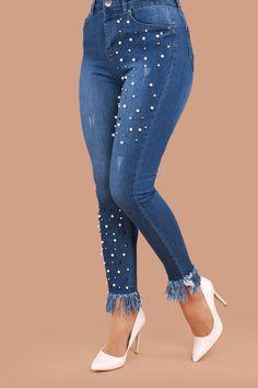 Paçası Püsküllü İnci Detay Kot Pantolon Koyu Kot Ürün kodu: ARG193 --> 59.90 TL