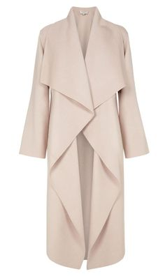 Loretta by Hobbs London is a waterfall coat in blush wool. This wrap coat cascades from the neck, featuring concealed hip pockets and a coordinating belt to shape the silhouette. Hijab Fashion, Fashion Dresses, Women's Fashion, Waterfall Coat, Hobbs Coat, Meghan Markle Style, Meghan Markle Coat, Mode Mantel, Mode Hijab
