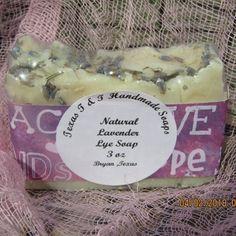 Lavender Old Fashion Lye Soap Bar on Mercari Palm Oil Benefits, Benefits Of Vitamin E, Benefits Of Coconut Oil, Natural Vitamins, Natural Oils, Palm Fruit Oil, Oils For Eczema, Lye Soap, Dry Skin Remedies