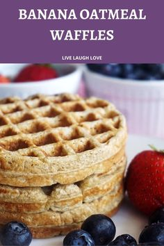 Banana Waffles Healthy, Oatmeal Waffles, Breakfast Waffles, Clean Eating Breakfast, Breakfast Items, Clean Eating Waffles, What Is Healthy Food, Good Healthy Recipes, Healthy Breakfast Recipes