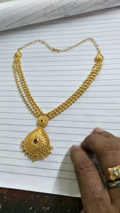 Jewelry Design Earrings, Gold Earrings Designs, Gold Jewellery Design, Gold Haram Designs, Gold Necklace Simple, Gold Jewelry Simple, Gold Wedding Jewelry, Collections, Chain