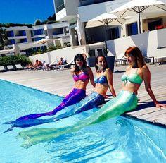 pour nager comme une sirène, une queue de sirène est prêté pendant le cours muni d'un monopalme