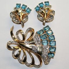 Mazer Aqua  Emerald Cut Rhinestone Fan Pin Brooch Earrings Set