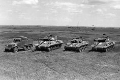 The four major US tank destroyers of the Second World War. Right to left, the the Wolverine, the Hellcat and the M10 Wolverine, M18 Hellcat, Tank Armor, Sherman Tank, Tank Destroyer, Us Armor, Ww2 Tanks, World Of Tanks, Big Guns