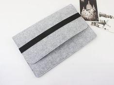 Felt 13 inch Macbook Pro sleeve Macbook sleeve 13 by FeltSJie