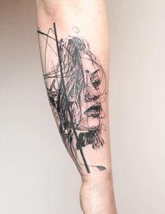 Les tatouages mélanges de gravure et de géométrie de Mowgli  2Tout2Rien