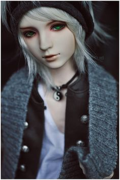 It's been awhile by *hiritai on deviantART omg love this doll and especially envious of his green eyes! <3 /swoon