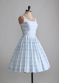 Vintage 1950s Mad Men Full Skirt Dress