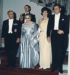 White House Dinner in honor of President of Tunisia. President Habib Bourguiba, Mrs. Moufida Bourguiba, Mrs. Kennedy, President Kennedy, General C.V. Clifton. White House, Grand Staircase. , 05/04/1961