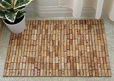 Faire un tapis de bain en bouchons de liège.. Blog : Crafty Nest - Voir tutoriel tapis en bouchons de liège