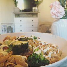 Fullkornspasta, brokoli og kyllingkjøttdeig😄