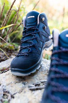 Wanderschuhe- & stiefel von Lowa für Damen & Herren #outdoor #lowa #wanderschuhe #lowawanderschuhe #gebrüdergötz Hiking Boots, Shoes, Fashion, Hiking Shoes, Runing Shoes, Hiking, Keep Running, Boots, Clothing