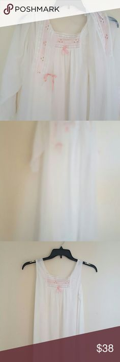 Sleeping Beauty I am seling this  white vintage, sleeping beuty gown and matching rob in size M  Pink details in front and on the sleeves of the rob , very light and soft material  This is what every wome need to have in her closet Intimates & Sleepwear Chemises & Slips