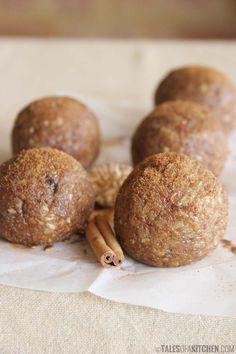 Cinnamon cookie dough bites. Free of dairy, eggs, processed sugar or flour. {raw & vegan}