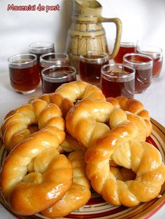 This is a receipe of a romanian traditional dessert prepared especially in the month of march Romanian Desserts, Romanian Food, Romanian Recipes, Braided Bread, Pastry And Bakery, Sweet Pastries, Thing 1, Bread Rolls, Sweet Cakes